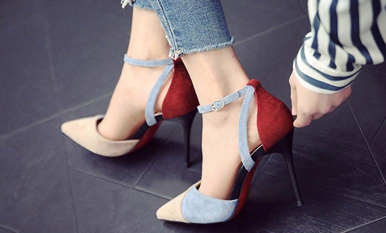 High heels (10 cm heel)