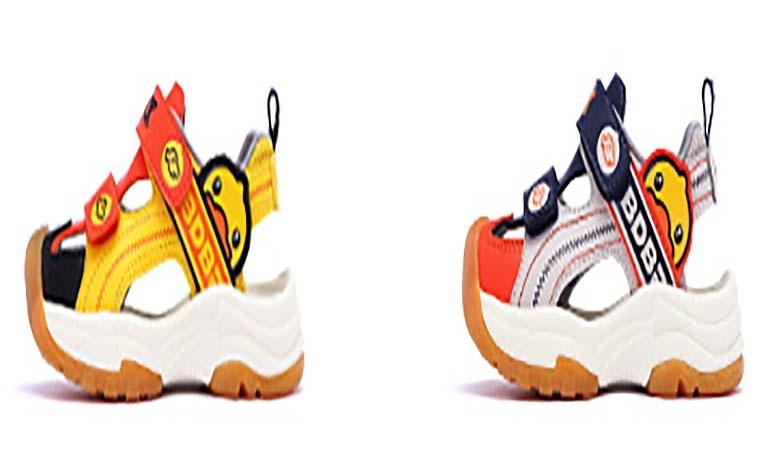 B.Duck small yellow duck children's shoes 2019 summer new children's sandals non-slip fashion beach shoes